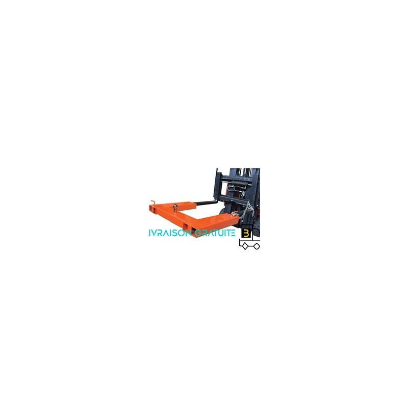 Slewing crane with ball hitch